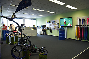 at-hena Golf Center Dietikon